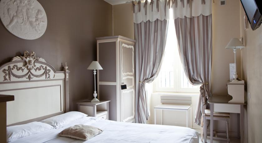 Hotel Pas Cher Carquefou